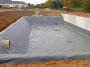 Geomembranes baches pour bassins pbe picardie baches for Membrane bassin